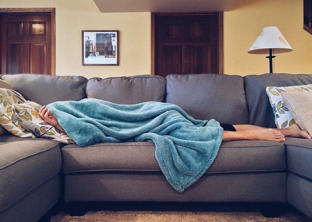 Wat helpt tegen keelpijn Zo kun je snel van keelpijn afkomen!